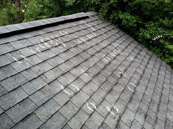 Does my roof need to be replaced?  If it does, call Storm Master Roofing in Lexington!